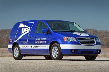 Battery Powered EV Minivan Acquired By USPS This Year