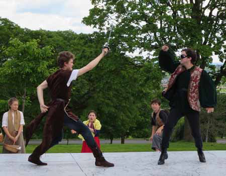 Pointless Violence In Lincoln Park: The First Swordfight Of Romeo And Juliet