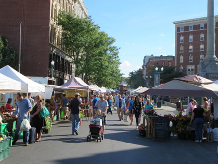 Saturday Morning Troy Farmer's Market At 9:30, A Half Hour Before It's Officially Open