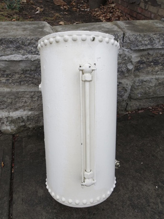 Expansion Tank For A Pumpless Hot Water Circulation System